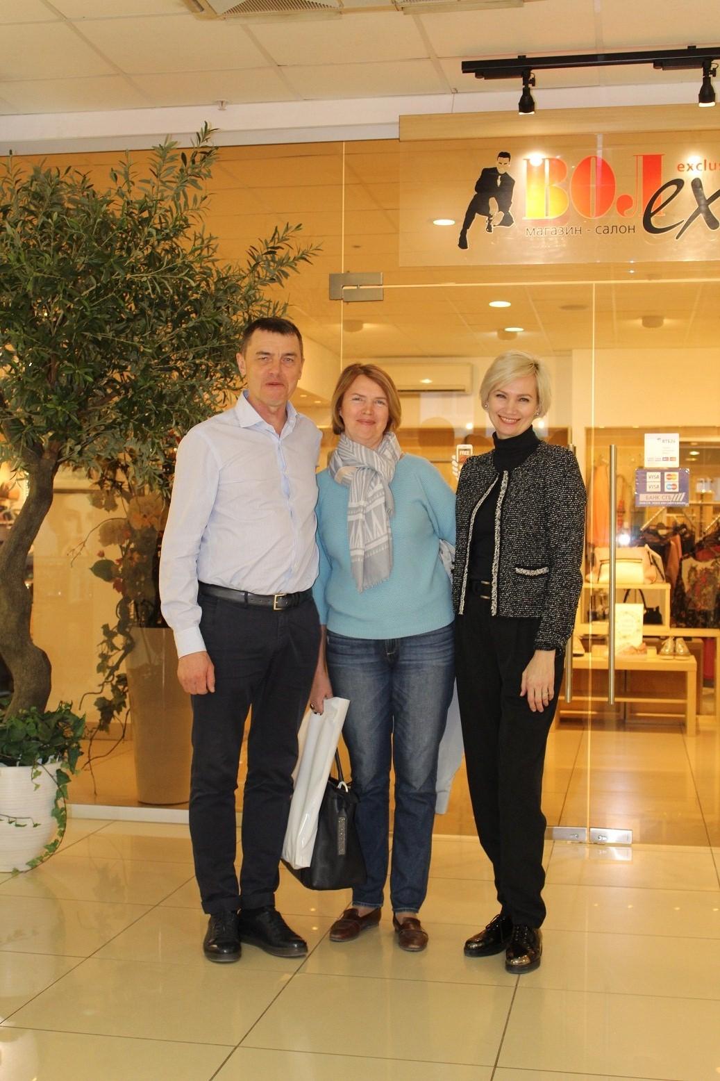gallery_1_salonu-magazinu-voleks-23-goda-25-04-18-2